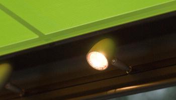Integrované osvětlení v markýze